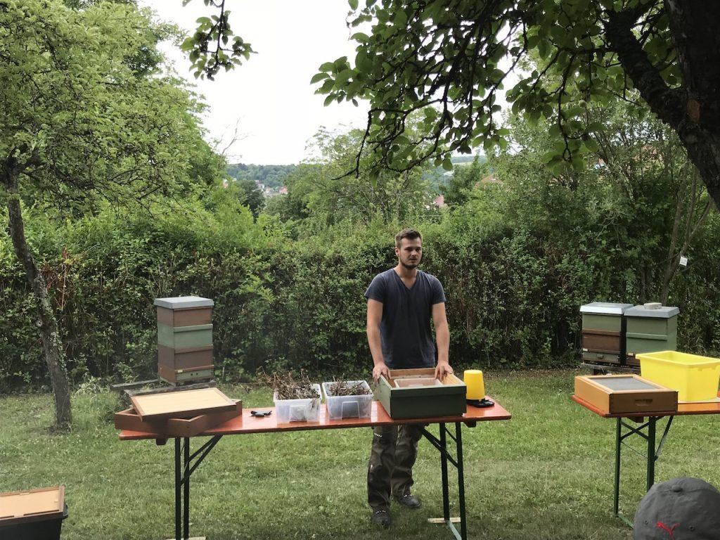 Hygiene am Bienenstand